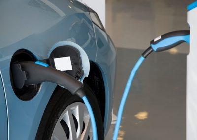 Electric Vehicles: What's Holding Canadian Drivers Back?